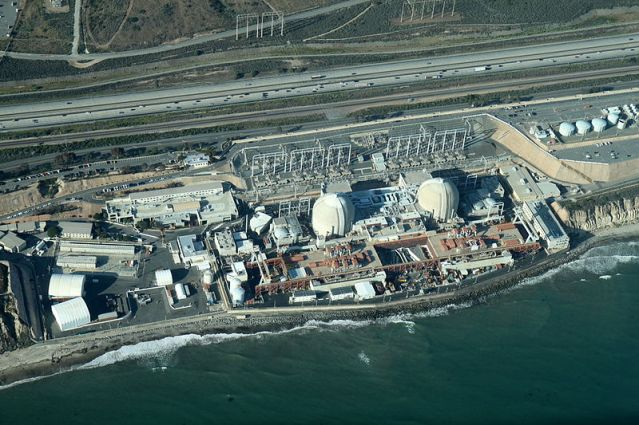 San_Onofre_Nuclear_Generating_Station,_2012